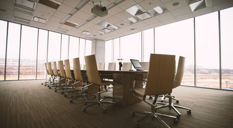 Corporate Governance: The management board manages the company under its own responsibility and at its own discretion.